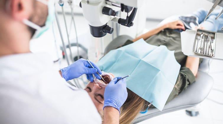 Dokter Spesialis Bedah Mulut dan Maksilofasial