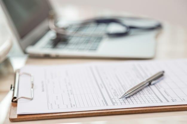 #Langkah 1:Menyiapkan Dokumen Kesehatan (Hasil Medis) Dari Indonesia dan Paspor sebelum berobat ke malaysia